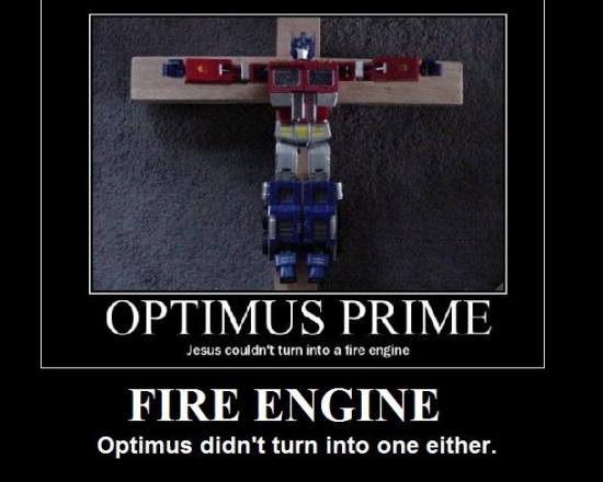 Optimus Prime turned in to a fire engine2
