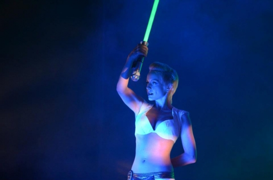 Where can I get me one of those..........lightsabers